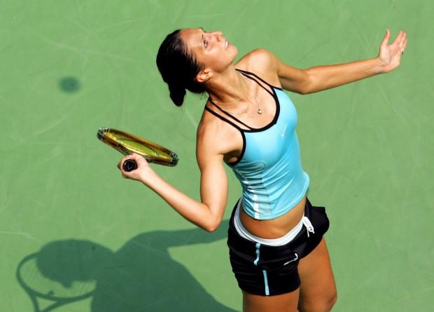 Anastasia Myskina devuelve un golpe en el Open de Australia de 2006 (Archivo 20minutos).