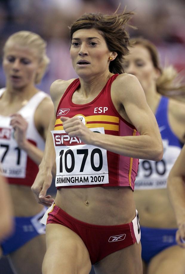 Mayte Martínez durante la clasificación de los 1.500 metros de los Campeonatos de Europa de Atletismo en pista cubierta de Birmingham en 2007 (ARCHIVO 20minutos).