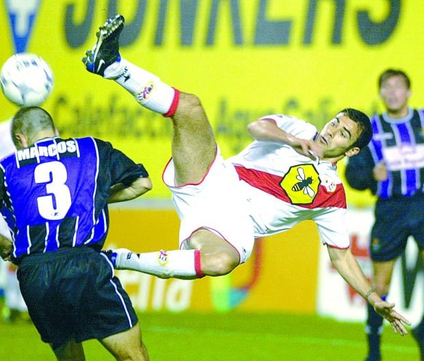Quevedo, en un partido con el Rayo y ante el Valladolid en Vallecas.