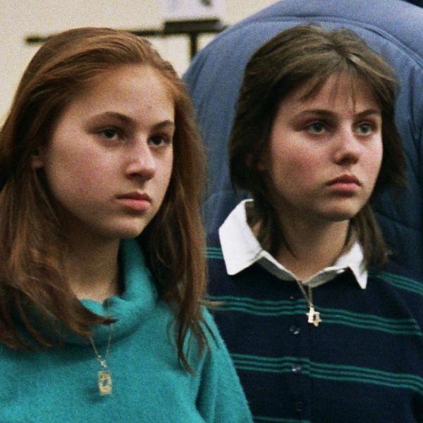 Judit y Sofia Polgár, en Salónica, Grecia, en 1988 (WIKIPEDIA).