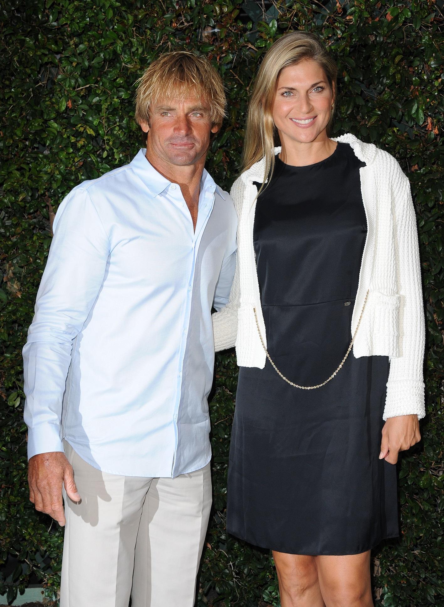 Reece, con su marido, el surfista Laird Hamilton, en 2011 (GTRES).