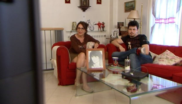 Diego y su madre, viendo la orgía del primero (CUATRO)