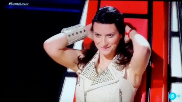 Laura Pausini, te coje y te deja sequini (TELECINCO)