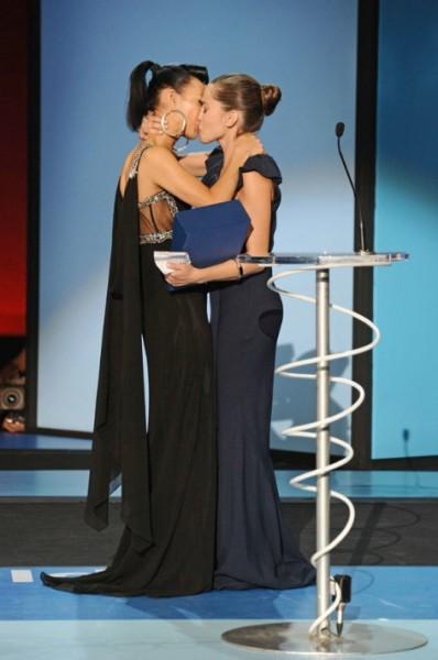 Beso lesbico en el mundial rusia vs mexico con cual vas