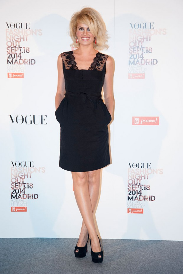celebrities_e_invitados_de_vogue_fashions_night_out_2014_632417004_800x