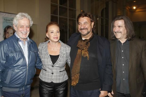 Paloma con Juan Pardo y Luis Cobos en la presentación del libro (GTRES).