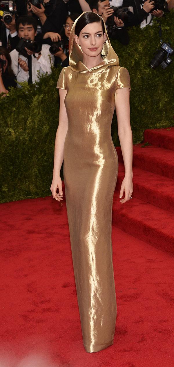 La más modosita de todas: Anne Hathaway, de Ralph Lauren