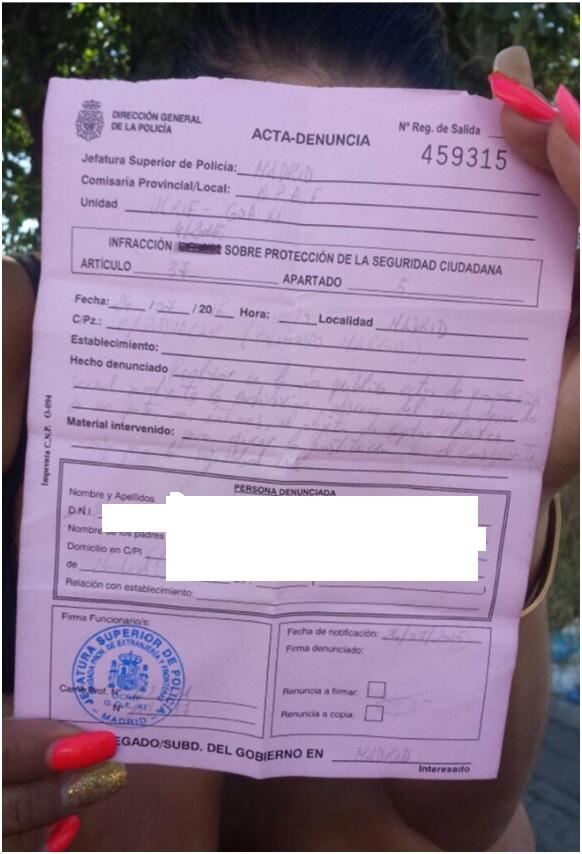 Imagen de una multa impuesta la pasada semana en la Colonia Marconi. Fuente: Mabel Lozano / Apramp