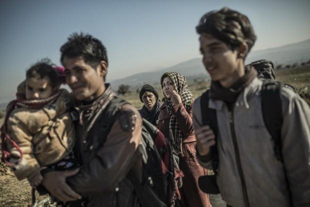 Medina viaja con sus cuatro hijos hacia Europa (c) Pablo Tosco / Oxfam Intermón