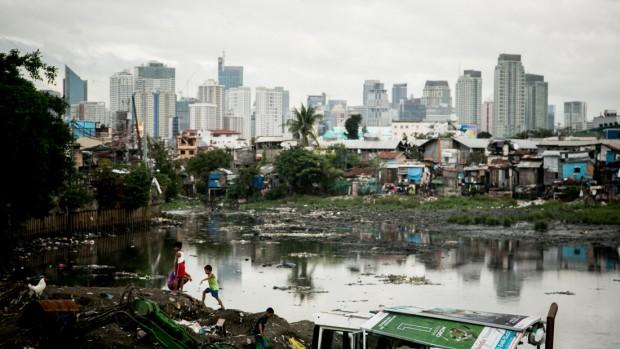 Barriada de chabolas en Manila. (c) Dewald Brand