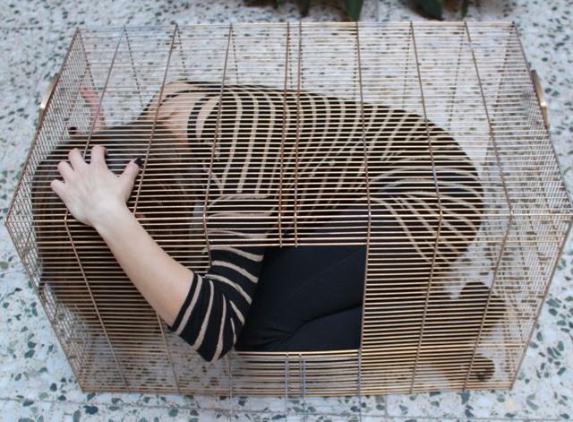 Víctima atrapada. Imagen de Fundación Luz Casanova.