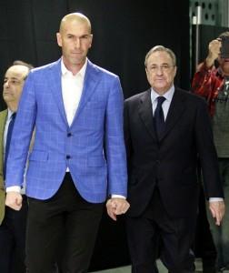 Zidane y Florentino (EFE).