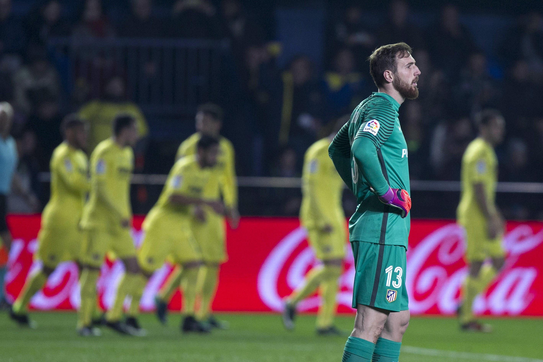 Oblak reacciona tras el primer gol del Villarreal (EFE).