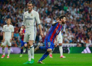 Messi celebra el gol ante Bale.
