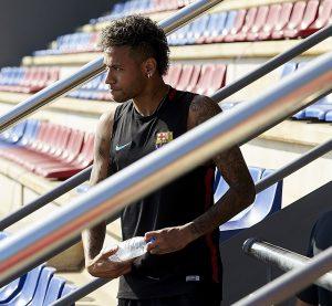 Neymar prepara la nueva temporada a las órdenes de Valverde.