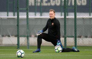 Ter Stegen en un entrenamiento con el FCB. (EFE)