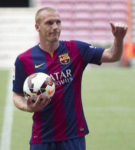 Mathieu en su presentación con el Barça.