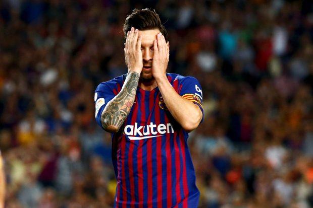 Messi en un partido con el Barça. EFE