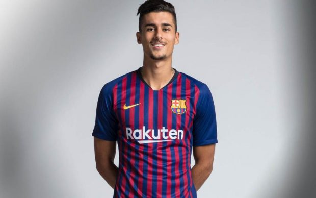 Chumi, jugador del Barça B. (FCB)