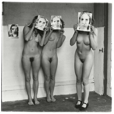 Francesca Woodman, About Being My Model, Rhode Island, 1976