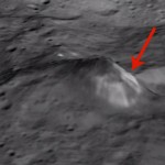 La Montaña Solitaria de Ceres, fotografiada por la sonda 'Dawn'. Imagen de NASA/JPL-Caltech/UCLA/MPS/DLR/IDA.