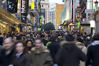 Calle Preciados, Madrid. Imagen de Manolo Gómez / Wikipedia.