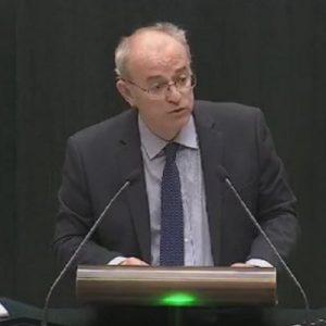 Pedro Corral, concejal del PP en el Ayuntamiento de Madrid y experto en enfermedades infecciosas. Imagen de su Twitter.