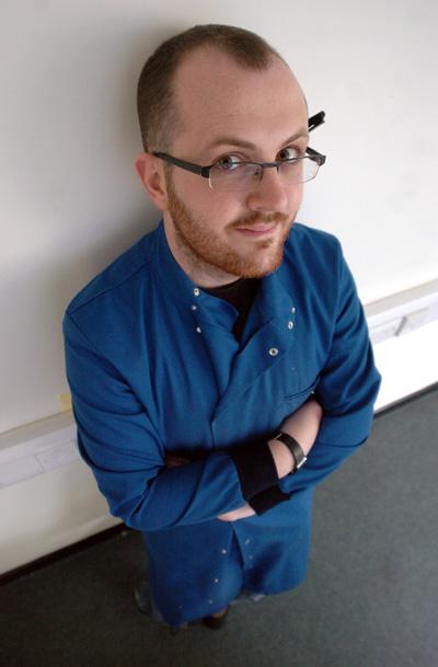 Dean Burnett. Imagen de Cardiff University.