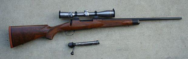 Un rifle de caza del mismo calibre (.270) que el utilizado por Miguel Blesa para suicidarse. Imagen de Wikipedia.