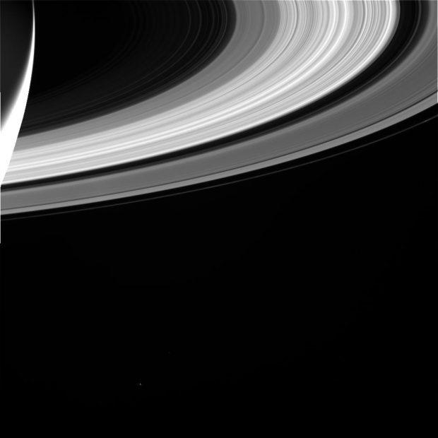 Una de las últimas imágenes de Saturno enviadas por Cassini el día antes de su final. Imagen de NASA/JPL-Caltech/Space Science Institute.