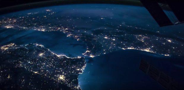Imagen de la costa sureste de España (abajo a la izquierda) y norte de Marruecos y Argelia desde la Estación Espacial Internacional. Imagen de NASA.