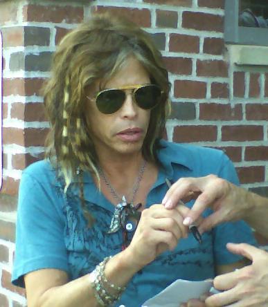 Steven Tyler (Aerosmith). Imagen de Wikipedia.