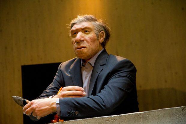 Recreación de un neandertal en el Museo Neanderthal. Imagen de Clemens Vasters / Flickr / CC.