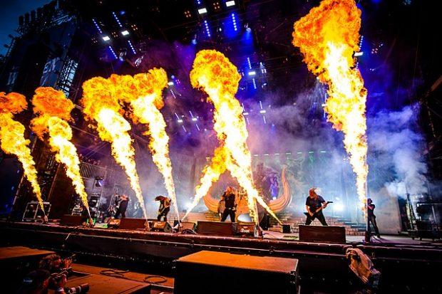 La banda sueca de death metal melódico Amon Amarth, en Alemania en 2017. Imagen de Wikipedia / Markus Felix | PushingPixels.