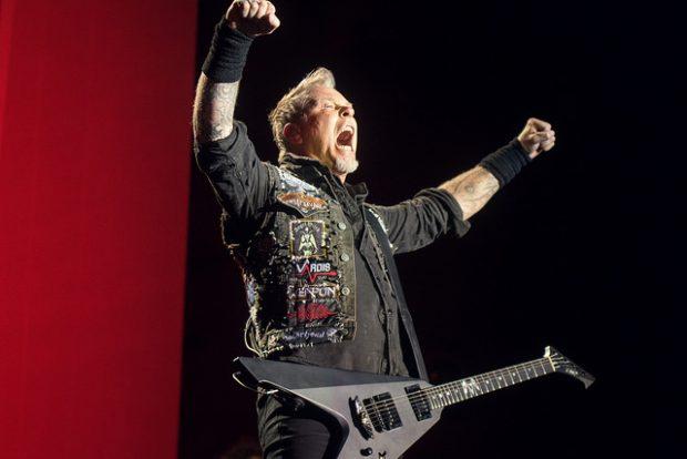James Hetfield, de Metallica, en Quito en 2016. Imagen de Flickr / Carlos Rodríguez / Andes / CC.