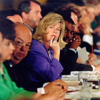 Tipper Gore, promotora y confundadora del Parents Music Resource Center, en 1985. Imagen de Wikipedia / PD-USGov.