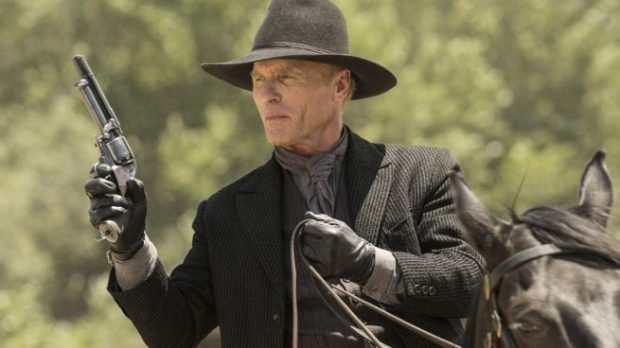 El misterioso y cruel Hombre de Negro (Ed Harris). Imagen de HBO.