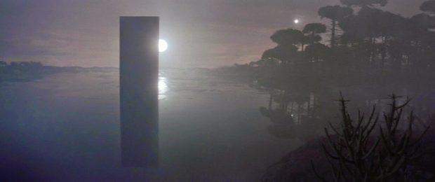 Un fotograma de la película 2010: Odisea dos (1984) mostrando la evolución de la vida en Europa, la luna de Júpiter. Imagen de MGM / UA.
