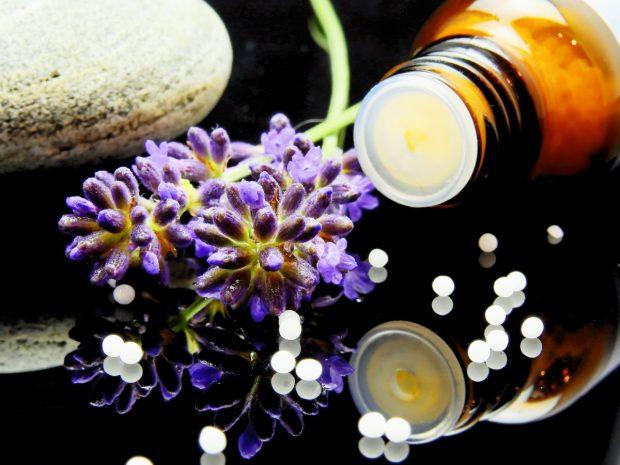 """Abundan las imágenes que tratan de revestir la homeopatía de una aureola de """"terapia natural"""". Imagen de pxhere."""