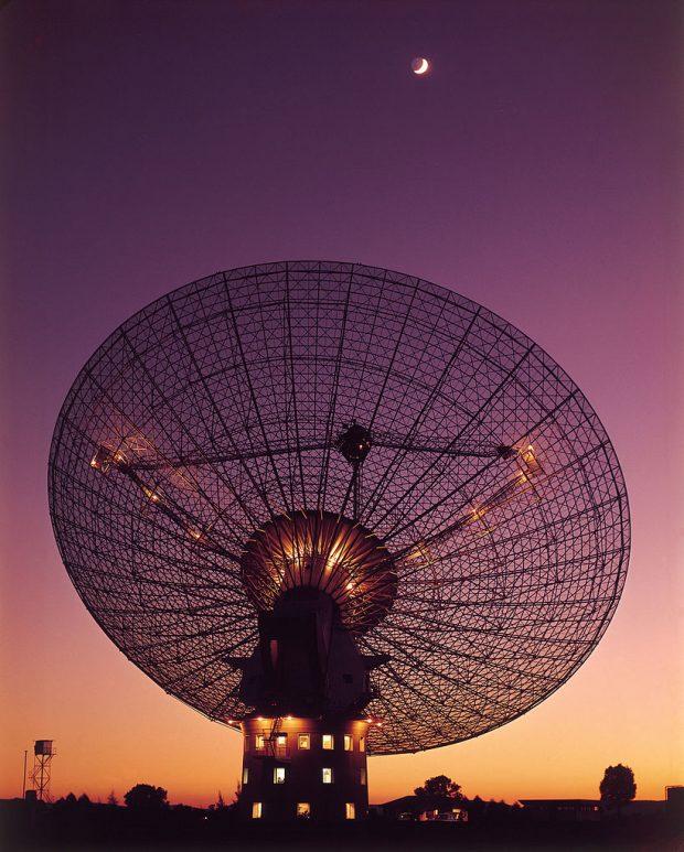 El observatorio Parkes, en Australia. Imagen de CSIRO / Wikipedia.