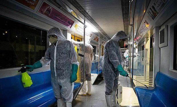 Desinfección del metro de Teherán contra el coronavirus. Imagen de Zoheir Seidanloo / Wikipedia.