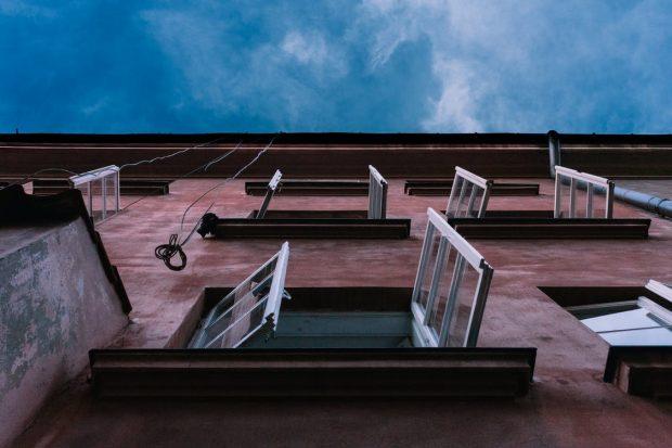 Ventanas abiertas. Imagen de pexels.com.