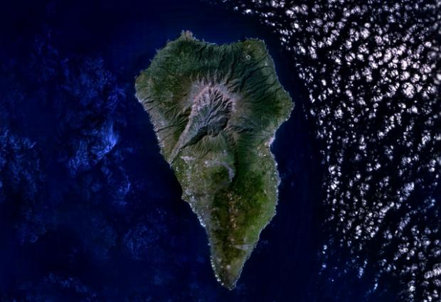 Imagen de satélite de La Palma, antes de la erupción de Cumbre Vieja. Imagen de NASA.