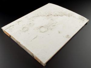 Molde de escayola de una porción de la superficie lunar realizado por Nasmyth. / Museo de Ciencias , Londre (CC-BY-NC-ND-2.0.)