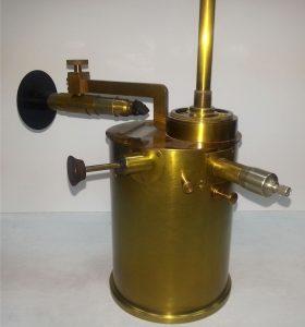 Electrómetro de Szilard conservado en el ITEFI. / Esteban Moreno, Museo Virtual de la Ciencia del CSIC.