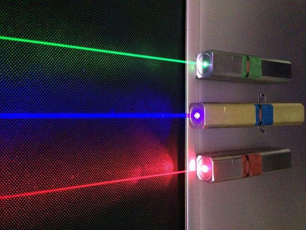 Hoy día los láseres tienen numerosas y variadas aplicaciones. / Wikimedia Commons