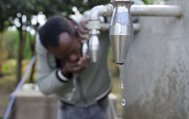 Fuente de agua potabilizada