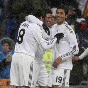 Garay celebra un gol del Madrid