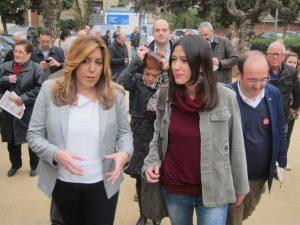 Susana Díaz conversa con su apuesta en Cataluña, Núria Parlon, en presencia de Miquel Iceta