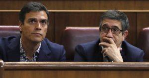 Patxi López en el Congreso junto a Pedro Sánchez
